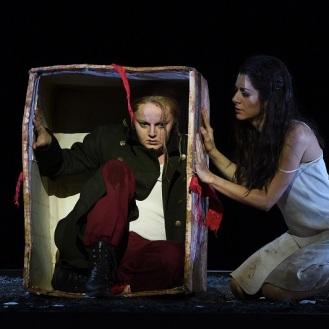 Maria Markina (Tancredi) und Tamara Banjesevic (Amenaide) Nationaltheater Mannheim, 2015 © Hans Jörg Michel